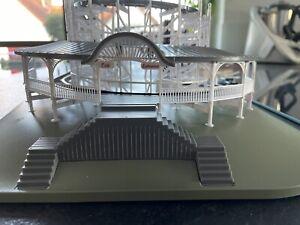 Faller Coaster Dynamix Comet Kirmes Achterbahn roller coaster H0