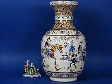 VASO ceramica soldati SAIGA CINA Giappone SATSUMA qianlong IMARI QING MING Meiji