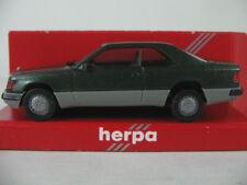 Herpa 3064 Mercedes-Benz 300 CE coupé (1987) in grünmet./Grigio 1:87/h0 Nuovo/Scatola Originale