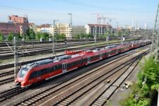 PHOTO  GERMAN RAILWAY -  DB REGIO DEUTZ TALENT 2 OVERHEAD CLASS 422 'S-BAHN NUR