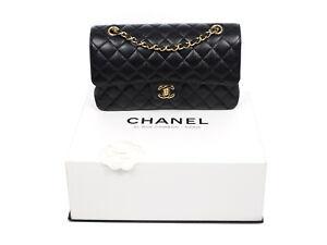 Chanel Classic Double Flap Caviar Leather bag in black medium Full Set 2017