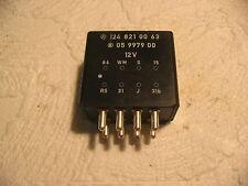 W124 Relais unidad de control heckwischer combi a 1248210063 intervallwischer