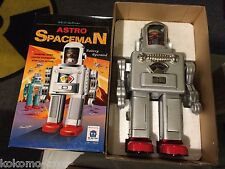 2014 HA HA Toys Battery Operated Silver Astro Spaceman Tin Robot TR2052 MIB