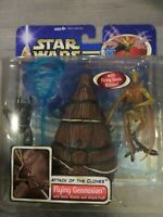 Star Wars Attack of the Clones FLYING GEONOSIAN W SONIC BLASTER AND ATTACK POD