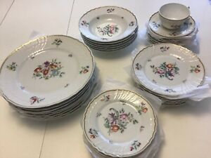 Richard Ginori Italy-Bowls, Dinner Plates, Bread&Dessert Plates, Cups&Saucers