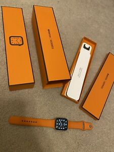 Series 4 Hermes Edition Apple Watch 44mm Stainless Steel- No Leather Band!