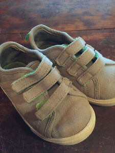 AND1 Baby Boy Toddler Shoes size 6c