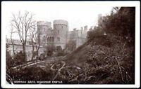 Postcard - Berkshire - Norman Gate, Windsor Castle