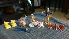 Vintage HARD PLASTIC TOY FIGURINE Mixed LOT Of 12 USA & Hong Kong !