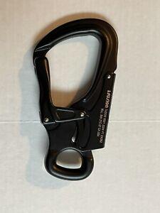 S190409-19-Fusion Climb Black Tudor Snap Hook  New Unused