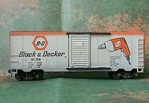 Life-Like 40' Sliding Door Box Car ~ Black & Decker ~ Rd# 81708 - HO