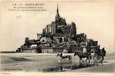 CPA  Le Mont-Saint-Michel - Vue Generale et Voiture de Genéts  (632679)