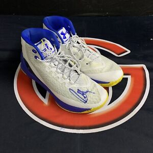 Steph Curry Golden State Warriers Signed Under Armour Sneakers Autographed JSA