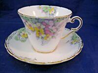 WELLINGTON CHINA TEA CUP & SAUCER - PALE BOUQUET OF FLOWERS - ELEGANT - ENGLAND