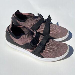 Men's Size 10.5 Nike Air Sockracer Flyknit Black Melon Pink Athletic Shoes