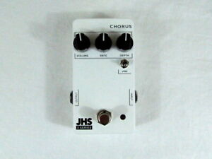 Used JHS 3 Series Chorus Modulation Guitar Effects Pedal