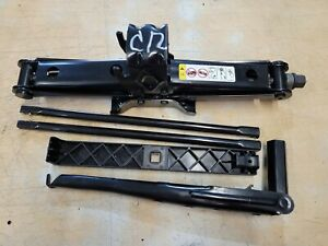 2008 THRU 2020 DODGE CARAVAN TOWN & COUNTRY JACK WITH LUG WRENCH TOOLS