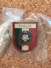 ITALY PIN BADGE