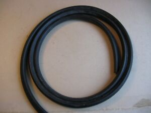 Daimler Conquest Saloon windscreen Rubber Seal