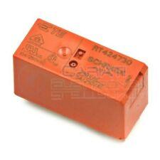 Relè DPDT TE Connectivity RT424730 bobina 230V Corrente max 8A PCB 8 PIN