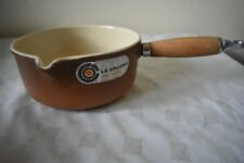 VINTAGE LE CREUSET No18 2 TONE BROWN CAST IRON MILK SAUCEPAN WOODEN HANDLE 2PIN