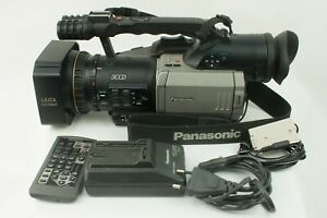 PANASONIC AG-DVX100 MiniDV Cinema Professional Camcorder Tape Video Camera