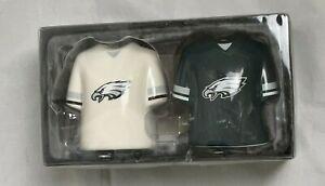 Philadelphia Eagles Ceramic Jersey Salt and Pepper Shaker Set NFL GameDay - New
