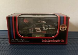 1998 Dale Earnhardt #3 Goodwrench Service Plus Monte Carlo 1/64 Revell Select