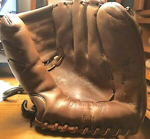 Vintage Eddie Mathews Rawlings EM Personal Model Glove