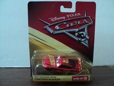 DISNEY PIXAR CARS 3 RUST-EZE RACING CENTER LIGHTNING MCQUEEN 1/55 SCALE