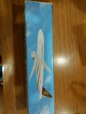 NEW 1:200 Singapore airlines sq b777-200 boeing 50th anniversary