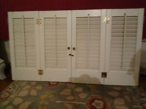 """4 Wood Interior Shutter Panels Pairs Hinged Together 20"""" H x 9"""" W Each White"""