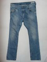Diesel KROOLEY 0885Q Reg Slim-Carrot  W31 L32 Mens Blue Denim Jeans