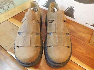Skechers Tan Nubuck Fisherman Sandals Men's 10M