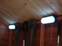 2 x 10 LED SOLAR POWERED GARDEN SHED GARAGE STABLE LIGHT RECHARGEABLE TWIN