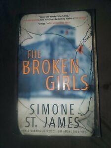 The Broken Girls by Simone St. James PAPERBACK 2018