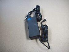 iGo 6630137-0100 19V 90W 1.5A 50-60Hz AC Adapter Power Supply Charger
