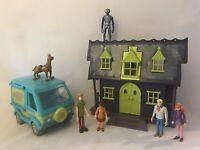 Scooby Doo Haunted House vehicle Van Toy figures bundle Kids Toys Job Lot Set