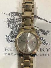 Burberry Womens Gold Chain Round Watch Great Condition Retail $695