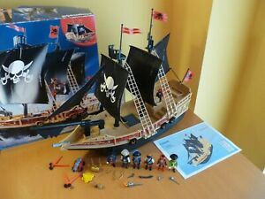 Complete Large Impressive Pirate Raiders Ship - Playmobil Playset 6678 & Extras