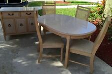 Broyhill 6pc. Furniture Dining Set (dining table, serving table, & 4 chairs)