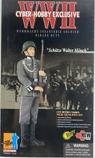DRAGON CYBER-HOBBY Exclusive WWII SCHUTZE WALTER MONCH PARADE DUTY  #70349