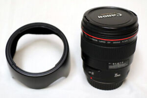 Canon EF 35mm f1.4L USM Lens with Lens Hood. Excellent Condition!