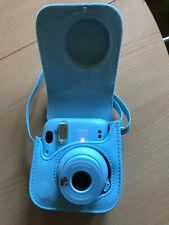 Fujifilm Instax Mini 11 Sofortbildkamera - Sky Blue mit Instax Tasche