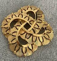 Trifari Signed Vintage Brooch Goldtone 1970s Designer Retro Jewellery