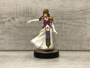 Super Smash Bros. Zelda Amiibo (Comes Out Of Box)