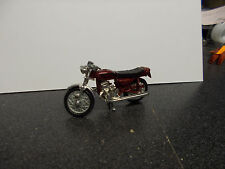 KAWASAKI 750 SS TOY MOTORCYCLE WITH KICKSTAND (HWBOX0)