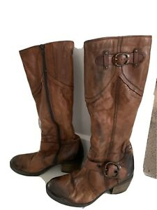 Ladies brown knee high boots size 4