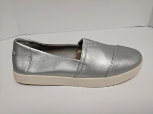 Toms Avalon Slip-On Shoes, Silver Pearlized, Womens 8 M