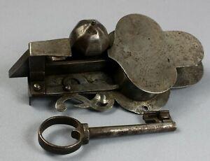 Rare 17th century steel lock + key   finely engraved large German working order